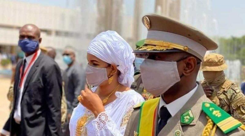¡Esposa del coronel Assimi Goïta, Lala Diallo enciende la web!