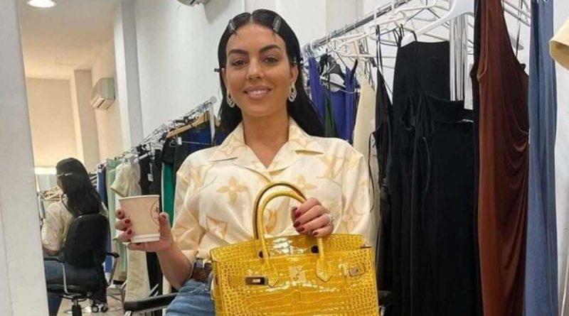 """¡Georgina Rodríguez entra en pánico en la web con su look """"casual chic""""!"""