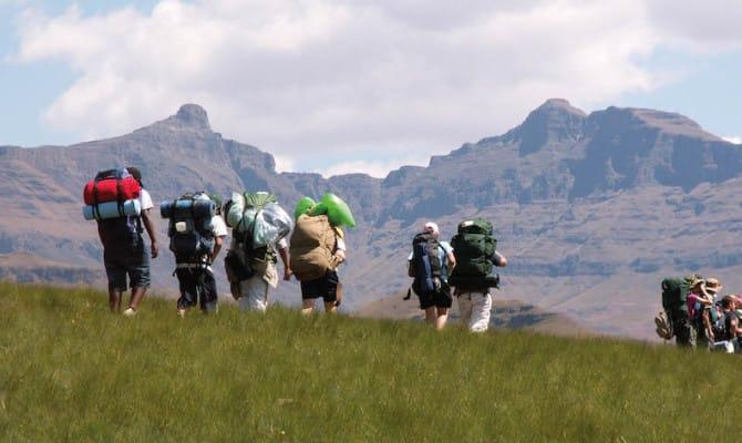 Camina por las montañas de uKhahlamba-Drakensberg