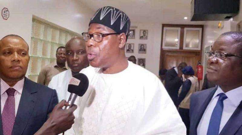 """En Benin, las autoridades """"amordazan"""" a los medios de comunicación por las acusaciones de corrupción contra el presidente Boni Yayi"""