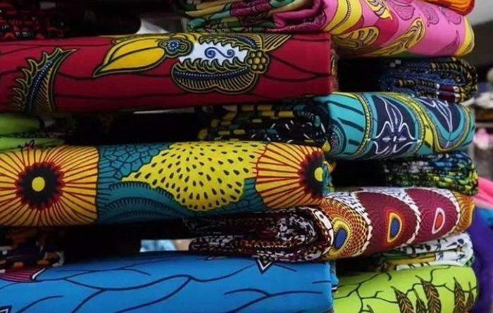 Estados Unidos se abrirá más a la ropa hecha en África