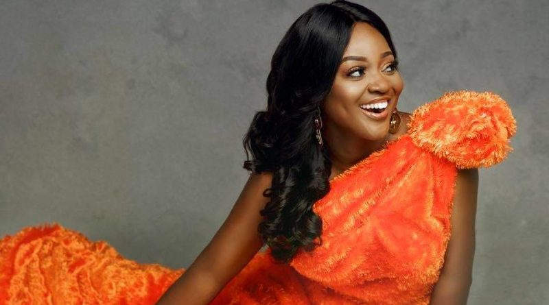 Jackie Appiah más seguida que Yvonne Nelson, Juliet Ibrahim, Sarkodie y John Dumelo