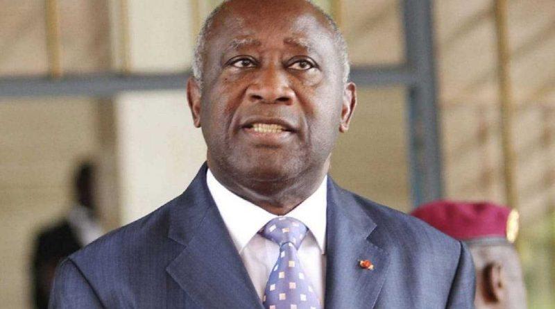 Laurent Gbagbo recibió con júbilo en Attoban