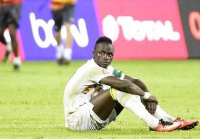 """Senegal / Cabo Verde, Sadio Mané encuentra el césped """"catastrófico"""" del estadio Lat Dior"""