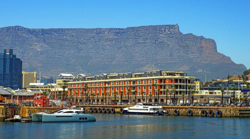 Table Mountain, Ciudad del Cabo - uno de los hitos de Sudáfrica