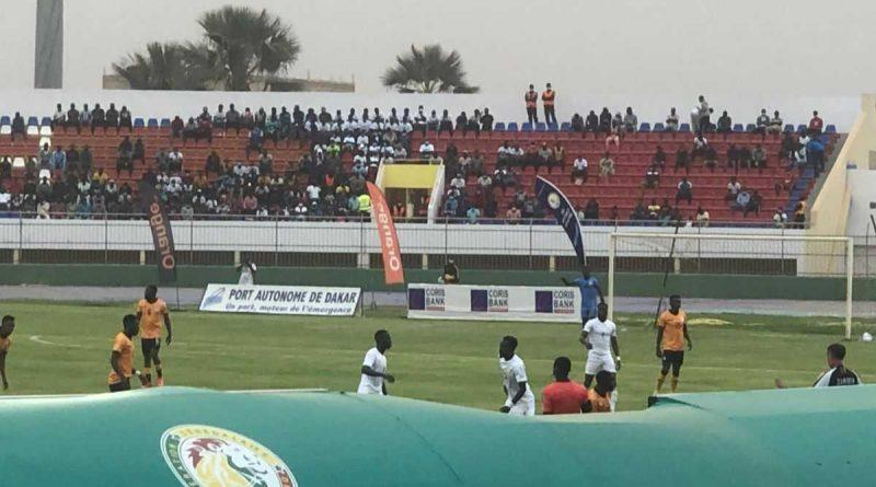 Senegal domina a Zambia en el descanso (3-0)